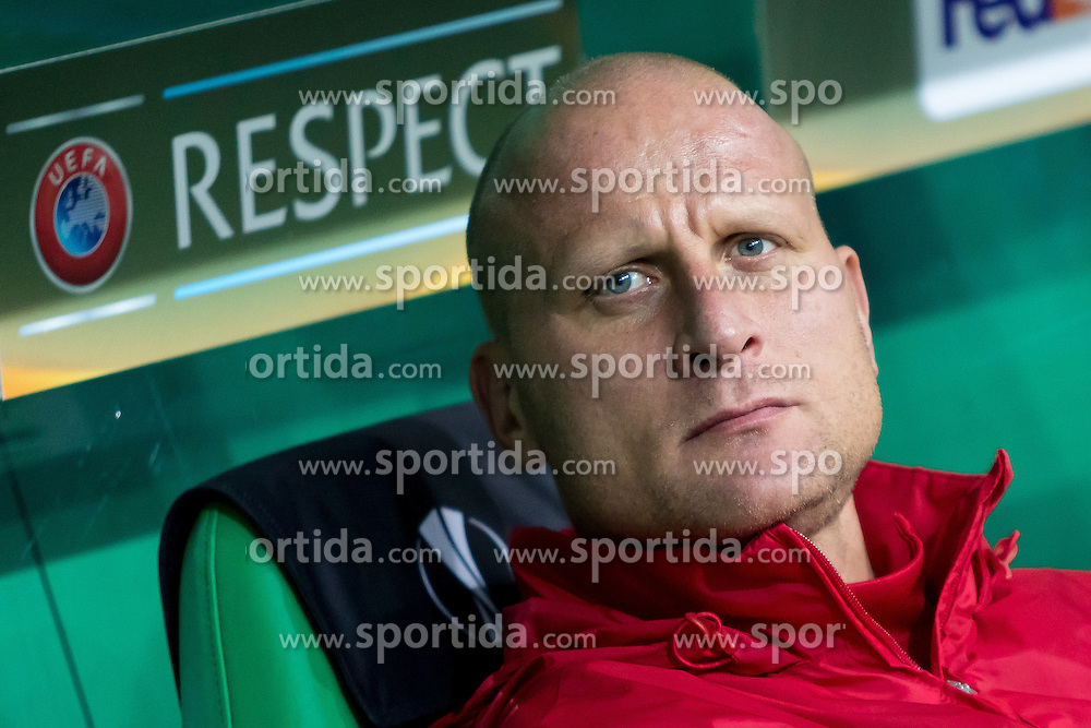 20.10.2016, Weststadion, Wien, AUT, UEFA EL, SK Rapid Wien vs US Sassuolo Calcio, Gruppe F, im Bild Individualtrainer Carsten Jancker (SK Rapid Wien) // during a UEFA Europa League, group F game between SK Rapid Wien and US Sassuolo Calcio at the Weststadion, Vienna, Austria on 2016/10/20. EXPA Pictures © 2016, PhotoCredit: EXPA/ Sebastian Pucher