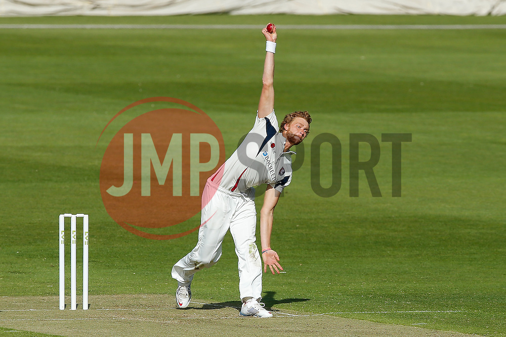 Ivan Thomas of Kent - Photo mandatory by-line: Rogan Thomson/JMP - 07966 386802 - 18/05/2015 - SPORT - CRICKET - Bristol, England - Bristol County Ground - Gloucestershire v Kent - Day 1 - LV= County Championship Division Two.