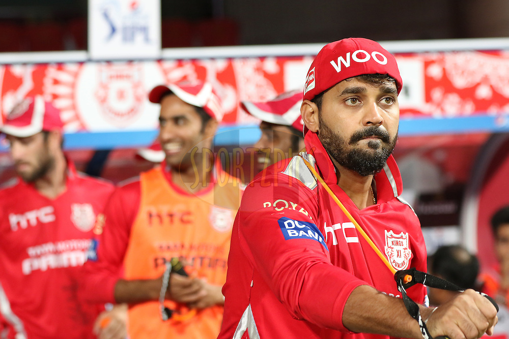 Murli Vijay at practise during match 40 of the Pepsi IPL 2015 (Indian Premier League) between The Royal Challengers Bangalore and The Kings XI Punjab held at the M. Chinnaswamy Stadium in Bengaluru, India on the 6th May 2015.<br /> <br /> Photo by:  Saikat Das / SPORTZPICS / IPL
