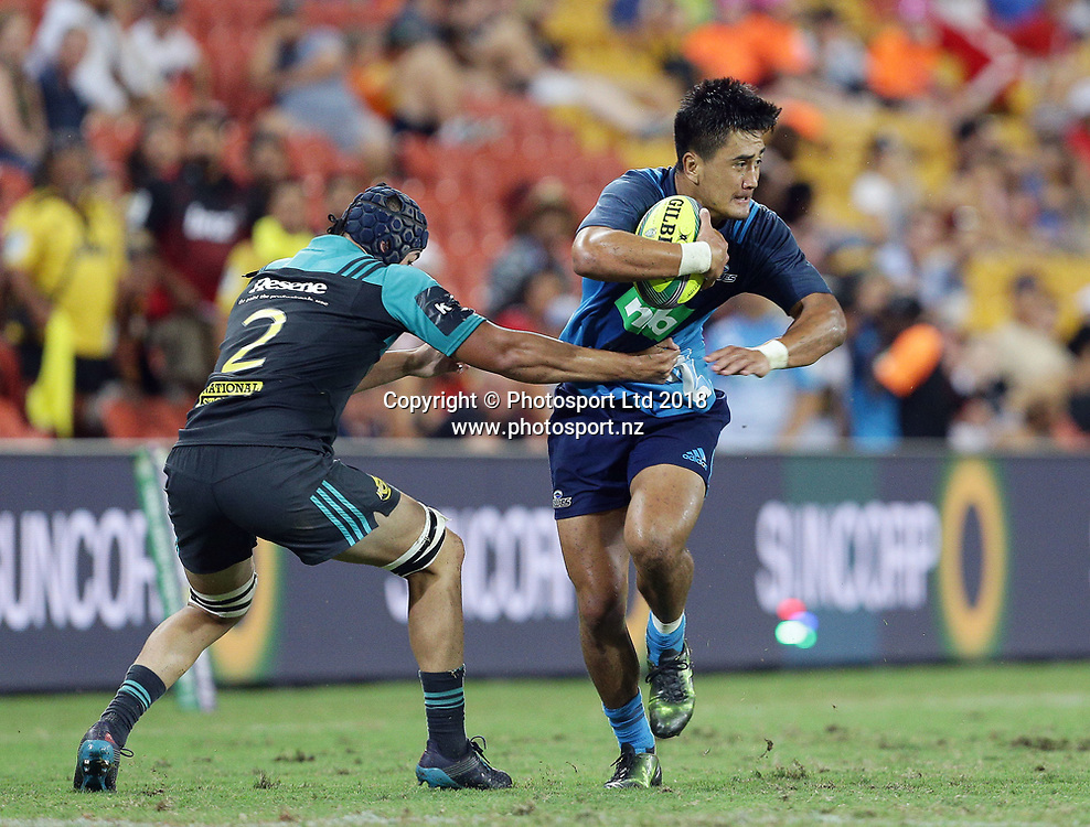 Tamati Tua of the Blues attacks in the final match between the Hurricanes and the Blues during the Global Tens Tournament at Suncorp Stadium, Brisbane, Australia on February 10, 2018. Photo : Tertius Pickard / www.photosport.nz