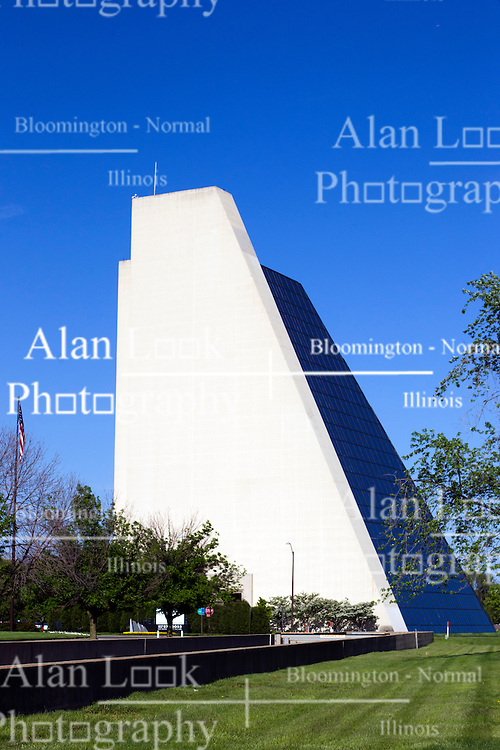 13 May 2013:   The Pyramids in north Indianapolis are home to many businesses and to Indianapolis Tech.  There are 3 pyramid buildings.  The original development plans called for more, but the length of time to put up the first three and cost over-runs prevented the others from being build. Indianapolis Indiana