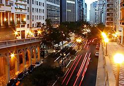 Avenida Borges de Medeiros, no centro de Porto Alegre. FOTO: Marcos Nagelstein/Preview.com