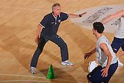 DESCRIZIONE : Bormio Raduno Collegiale Nazionale Maschile Preparazione Fisica <br /> GIOCATORE : Luigino Sepulcri <br /> SQUADRA : Nazionale Italia Uomini <br /> EVENTO : Raduno Collegiale Nazionale Maschile <br /> GARA : <br /> DATA : 19/07/2008 <br /> CATEGORIA : Riscaldamento <br /> SPORT : Pallacanestro <br /> AUTORE : Agenzia Ciamillo-Castoria/S.Silvestri <br /> Galleria : Fip Nazionali 2008 <br /> Fotonotizia : Bormio Raduno Collegiale Nazionale Maschile Preparazione Fisica <br /> Predefinita :