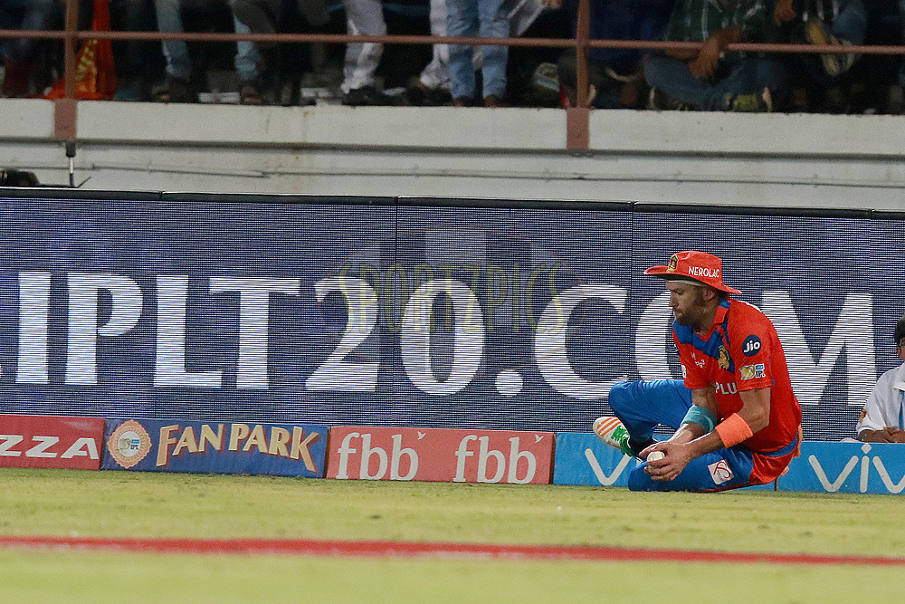Andrew Tye of GL during match 35 of the Vivo 2017 Indian Premier League between the Gujarat Lions and the Mumbai Indians  held at the Saurashtra Cricket Association Stadium in Rajkot, India on the 29th April 2017<br /> <br /> Photo by Rahul Gulati - Sportzpics - IPL