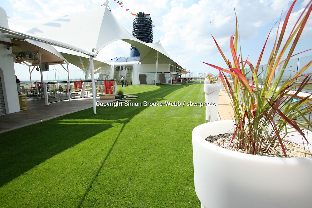 Celebrity Equinox feature photos..The Lawn Club.