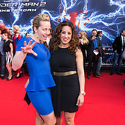 NLD/Amsterdam/20140422 - Premiere The Amazing Spiderman 2, Esther Schouten en Aicha Marchadi