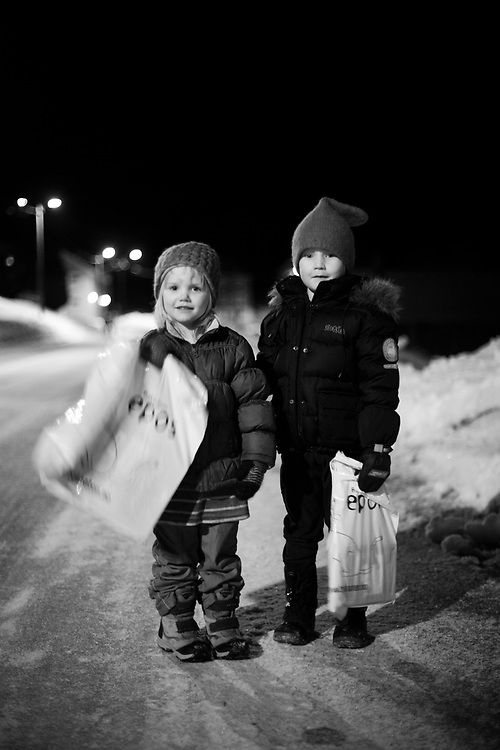 Sister and brother on their way home in the village of Flemma...Photo by Knut Egil Wang /MOMENT