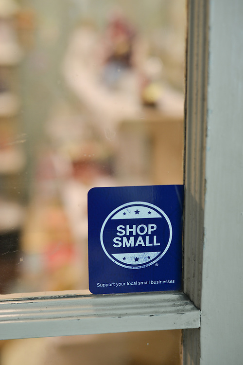 Shop small advertisement at Grismer's Christian Gifts.