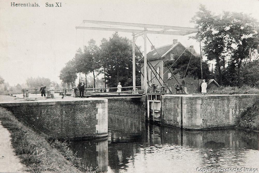 repo van oude foto's van kanaal/vaart in Herentals-jorendeweerdt