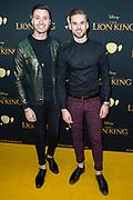 Nederlandse galapremiere van de Disney-klassieker Lion King in Pathe Tuschinski, Amsterdam.<br /> <br /> Op de foto:  Rutger Vink