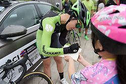 Rachele Barbieri signs an autograph at Tour of Chongming Island - Stage 1. A 118.8km road race on Chongming Island, China on 5th May 2017.