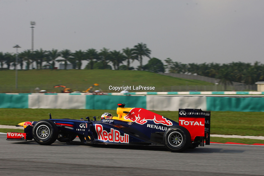 &copy; Photo4 / LaPresse<br /> 23/3/2012 Sepang<br /> Malaysian Grand Prix, Sepang 2012<br /> In the pic: Sebastian Vettel (GER), Red Bull Racing, RB8