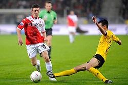 23-10-2009 VOETBAL: FC UTRECHT - RODA: UTRECHT<br /> Utrecht wint met 2-1 van Roda / Dries Mertens en Davy de Fauw<br /> ©2009-WWW.FOTOHOOGENDOORN.NL