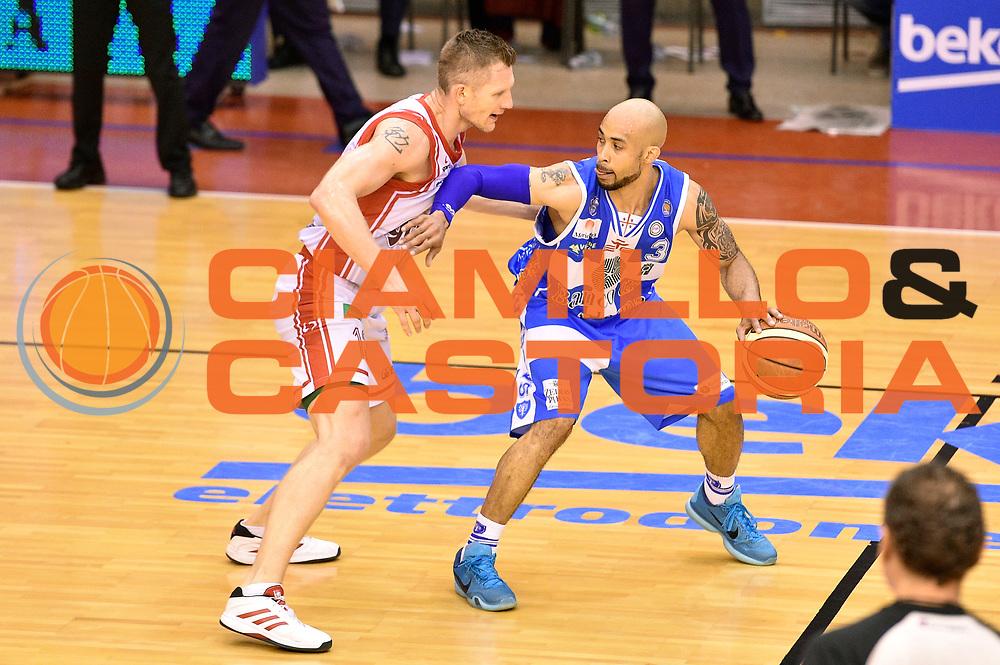 DESCRIZIONE : Campionato 2014/15 Serie A Beko Grissin Bon Reggio Emilia - Dinamo Banco di Sardegna Sassari Finale Playoff Gara7 Scudetto<br /> GIOCATORE : David Logan<br /> CATEGORIA : palleggio<br /> SQUADRA : Banco di Sardegna Sassari<br /> EVENTO : Campionato Lega A 2014-2015<br /> GARA : Grissin Bon Reggio Emilia - Dinamo Banco di Sardegna Sassari Finale Playoff Gara7 Scudetto<br /> DATA : 26/06/2015<br /> SPORT : Pallacanestro<br /> AUTORE : Agenzia Ciamillo-Castoria/GiulioCiamillo<br /> GALLERIA : Lega Basket A 2014-2015<br /> FOTONOTIZIA : Grissin Bon Reggio Emilia - Dinamo Banco di Sardegna Sassari Finale Playoff Gara7 Scudetto<br /> PREDEFINITA :