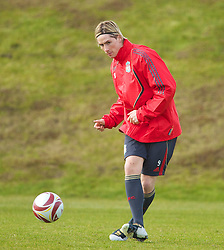 LIVERPOOL, ENGLAND - Wednesday, March 17, 2010: Liverpool's Fernando Torres training at Melwood Training Ground ahead of the UEFA Europa League Round of 16 2nd Leg match against LOSC Lille Metropole. (Photo by David Rawcliffe/Propaganda)