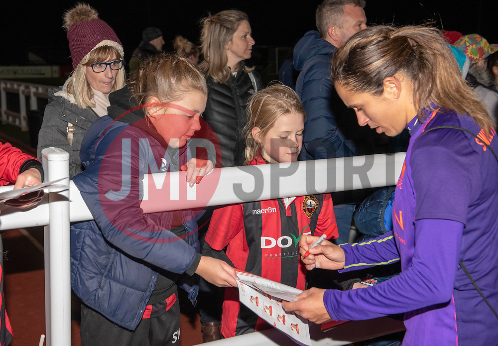 Courtney Sweetman Kirk of Liverpool Women signs an autograph - Mandatory by-line: Paul Knight/JMP - 17/11/2018 - FOOTBALL - Stoke Gifford Stadium - Bristol, England - Bristol City Women v Liverpool Women - FA Women's Super League 1