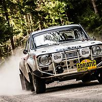 Car 38 Simon Spinks / Jim Grayson