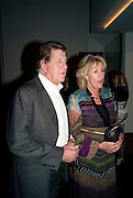 SIMON ELLIOT; ANNABEL ELLIOT; , The launch party for Elephant Parade hosted at the house of  Jan Mol. Covent Garden. London. 23 June 2009.