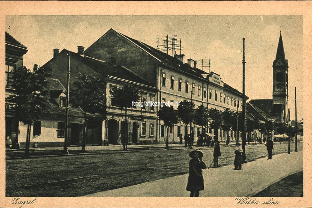 Zagreb : Vlaška ulica. <br /> <br /> ImpresumZagreb : Naklada Rudolf Polačeck, 1925.<br /> Materijalni opis1 razglednica : tisak ; 9 x 13,9 cm.<br /> NakladnikRudolf Polaček<br /> Vrstavizualna građa • razglednice<br /> ZbirkaGrafička zbirka NSK • Zbirka razglednica<br /> Formatimage/jpeg<br /> PredmetZagreb –– Vlaška ulica<br /> SignaturaRZG-VLA-1<br /> Obuhvat(vremenski)20. stoljeće<br /> NapomenaRazglednica nije putovala.<br /> PravaJavno dobro<br /> Identifikatori000952477<br /> NBN.HRNBN: urn:nbn:hr:238:138157 <br /> <br /> Izvor: Digitalne zbirke Nacionalne i sveučilišne knjižnice u Zagrebu