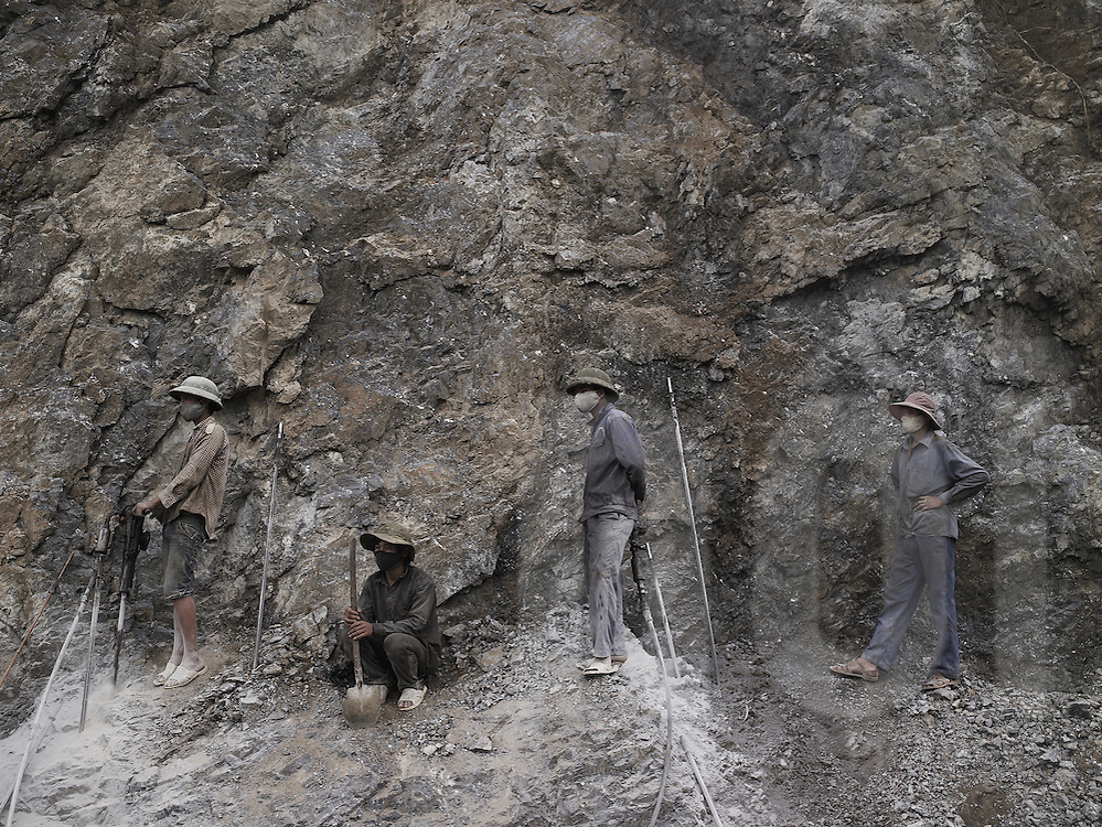 Vietnamese quarry workers take a break, Cao Bang Province, Vietnam, Southeast Asia
