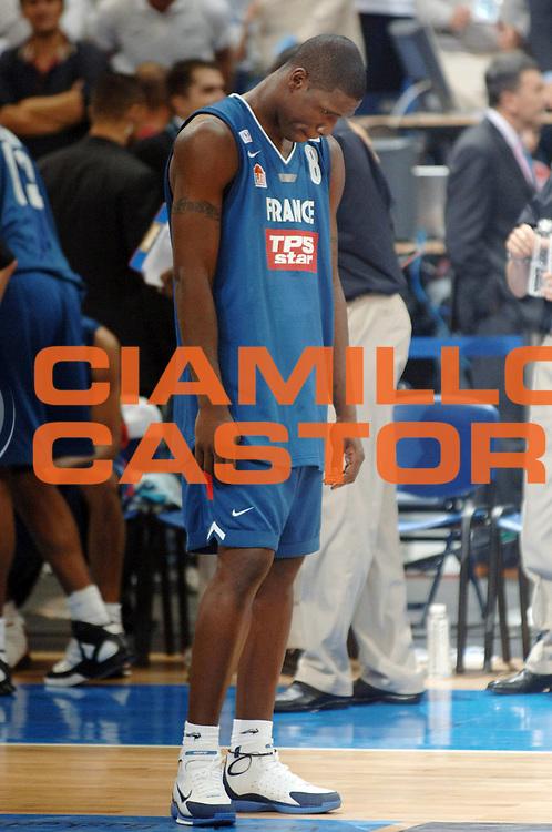 DESCRIZIONE : Belgrado Belgrade Eurobasket Men 2005 Francia Grecia<br /> GIOCATORE : Mickael Pietrus<br /> SQUADRA : Francia France<br /> EVENTO : Eurobasket Men 2005 Campionati Europei Uomini 2005<br /> GARA : Francia Grecia France Greece<br /> DATA : 24/09/2005<br /> CATEGORIA :<br /> SPORT : Pallacanestro<br /> AUTORE : Ciamillo&amp;Castoria/Fiba Europe Pool