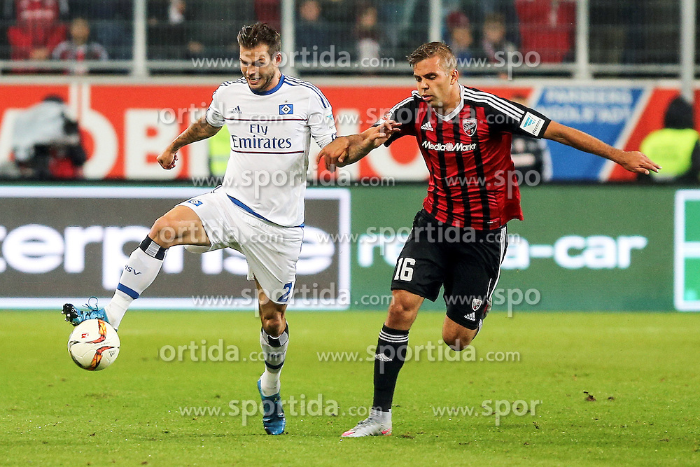 22.09.2015, Audi Sportpark, Ingolstadt, GER, 1. FBL, FC Ingolstadt 04 vs Hamburger SV, 6. Runde, im Bild Zweikampf Lukas Hinterseer (Nr.16, FC Ingolstadt 04) gegen Dennis Diekmeier (Nr.2, HSV) // during the German Bundesliga 6th round match between FC Ingolstadt 04 and Hamburger SV at the Audi Sportpark in Ingolstadt, Germany on 2015/09/22. EXPA Pictures &copy; 2015, PhotoCredit: EXPA/ Eibner-Pressefoto/ Strisch<br /> <br /> *****ATTENTION - OUT of GER*****