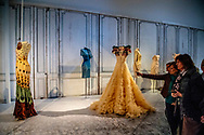 25-4-2018 UTRECHT - Bewonder de jurken van Maxima en Lady Gaga in real life in Centraal Museum. Koningin  maxima draagt veel van zijn jurken als een Inhuldiging japon  in 2013 vrijdag de 27 5 jaar geleden.  Vanaf eind april 2018 presenteert het Centraal Museum in Utrecht een grote tentoonstelling over het werk van Jan Taminiau. Het toont tientallen van zijn topwerken, de tentoonstelling het rijkdom en diepgang van Taminiau's werk. De tentoonstelling neemt bezoekers mee op een ontdekkingsreis naar de wereld van onderzoek, herinneringen, inspiratie, experimenten en vakmanschap of een van de meest prominente modeontwerpers van het land. Taminiau (1975, Goirle) staat bekend om zijn gebruik van traditionele handwerk- en productietechnieken. , de toepassing van unieke en originele materialen en voor zijn uitgesproken gevoel voor esthetiek. In 2014 ontving het de belangrijkste modeprijs in Nederland, de Grand Seigneur. Na het vestigen van zijn label JANTAMINIAU in 2004, zijn manier om de wereld van de wereld te combineren. ROBIN UTRECHT