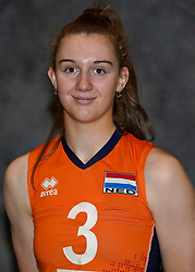 24-12-2019 NED: Photoshoot selection of Orange Youth Girls, Arnhem<br /> Orange Youth Girls 2019 - 2020 / Noa de Vos #3