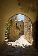 Israel, Tel Aviv, Jaffa, Narrow alleyway September 2006