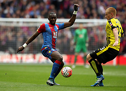 Yannick Bolasie of Crystal Palace and Ben Watson of Watford tackle each other - Mandatory by-line: Robbie Stephenson/JMP - 24/04/2016 - FOOTBALL - Wembley Stadium - London, England - Crystal Palace v Watford - The Emirates FA Cup Semi-Final