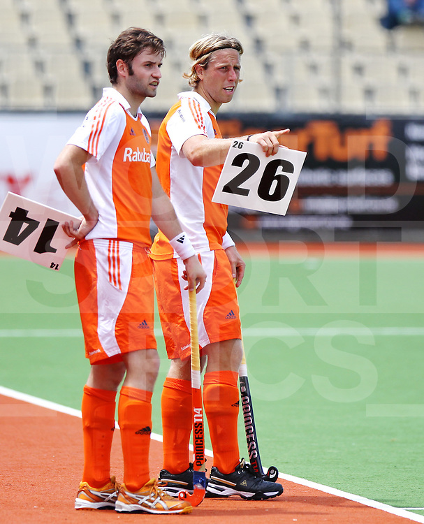 Mens Champions Trophy, Auckland, New Zealand 2011. Day 2 Netherland v Germany 5/12/2011...Photo: Grant Treeby.one off Editorial Use only,( no archiving )......................Photo: Grant Treeby...Editorial use only (No Archiving) Unless previously arranged