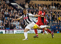 Photo: Leigh Quinnell.<br /> West Bromwich Albion v Coventry City. Coca Cola Championship. 16/12/2006. West Broms Kevin Phillips has a shot on goal.