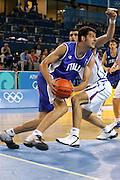 ATENE, 17 AGOSTO 2004<br /> OLIMPIADI ATENE 2004<br /> BASKET <br /> ITALIA - SERBIA E MONTENEGRO <br /> NELLA FOTO: LUCA GARRI<br /> FOTO CIAMILLO