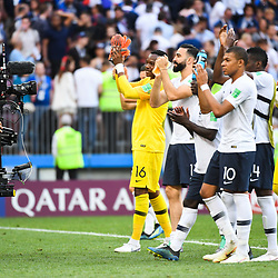 Team France salute their fans during the FIFA World Cup Group C match between Denmark and France at Luzhniki Stadium on June 26, 2018 in Moscow, Russia. (Photo by Anthony Dibon/Icon Sport)