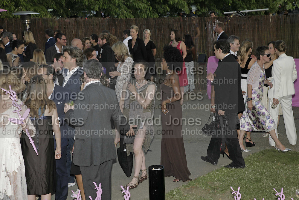 Philip sallon and Sandy Lamb, The Summer Party sponsored by Yves St. Laurent. Serpentine Gallery. 11 July 2006. . ONE TIME USE ONLY - DO NOT ARCHIVE  © Copyright Photograph by Dafydd Jones 66 Stockwell Park Rd. London SW9 0DA Tel 020 7733 0108 www.dafjones.com