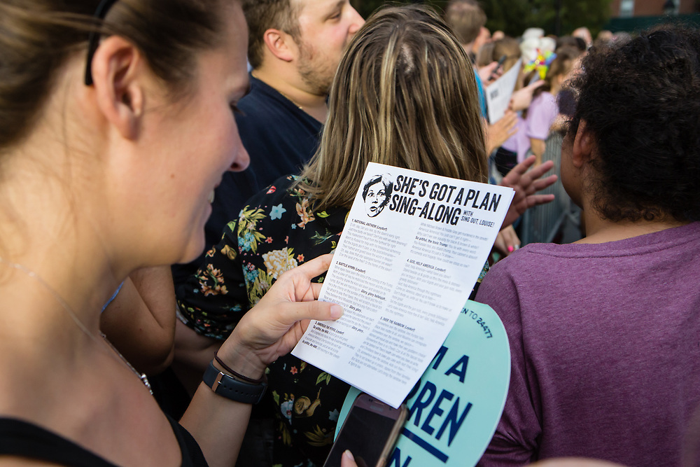 "New York, NY – 16 September 2019. Massachusetts Senator and Democratic Presidential candidate Elizabeth Warren drew a large and enthusiastic crowd at a speech for her increasingly popular 2020 presidential campaign in New York's Washington Square. Volunteerd handed out ""She's Got a Plan Sing-Along"" sheets to the crowd."