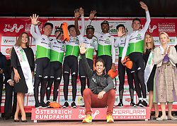 12.07.2019, Kitzbühel, AUT, Ö-Tour, Österreich Radrundfahrt, 6. Etappe, von Kitzbühel nach Kitzbüheler Horn (116,7 km), im Bild Team Dimension Data Sieger Mannschaftswertung // Team Dimension Data winner team classifcation during 6th stage from Kitzbühel to Kitzbüheler Horn (116,7 km) of the 2019 Tour of Austria. Kitzbühel, Austria on 2019/07/12. EXPA Pictures © 2019, PhotoCredit: EXPA/ Reinhard Eisenbauer