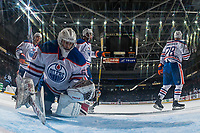 PENTICTON, CANADA - SEPTEMBER 9: Stuart Skinner #50 of Edmonton Oilers makes a first period save against the Winnipeg Jets on September 9, 2017 at the South Okanagan Event Centre in Penticton, British Columbia, Canada.  (Photo by Marissa Baecker/Shoot the Breeze)  *** Local Caption ***