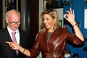 Prinses Máxima slaat eerste munt 'Week van het geld'<br />