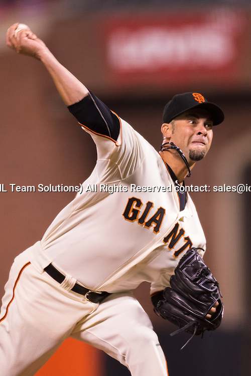 September 10, 2014:  Ryan Vogelsong (32) of the San Francisco Giants pitching during the game between the San Francisco Giants and the Arizona Diamondbacks at AT&T Park in San Francisco, California, USA.