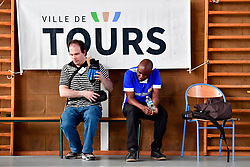 Reportage on Open De France Showdown in Tours.