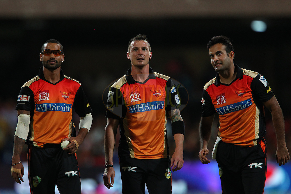 Shikhar Dhawan captain of the Sunrisers Hyderabad, Dale Steyn of the Sunrisers Hyderabad and Irfan Pathan watch the big screen after a missed opportunity to take the wicket of Chris Gayle of the Royal Challengers Bangalore during match 24 of the Pepsi Indian Premier League Season 2014 between the Royal Challengers Bangalore and the Sunrisers Hyderabad held at the M. Chinnaswamy Stadium, Bangalore, India on the 4th May  2014<br /> <br /> Photo by Ron Gaunt / IPL / SPORTZPICS<br /> <br /> <br /> <br /> Image use subject to terms and conditions which can be found here:  http://sportzpics.photoshelter.com/gallery/Pepsi-IPL-Image-terms-and-conditions/G00004VW1IVJ.gB0/C0000TScjhBM6ikg