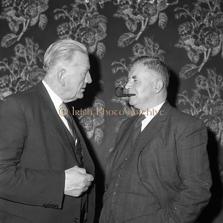 11/01/1962<br /> 01/11/1962<br /> 11 January 1962<br /> Irish Sugar Company film premier at the Shelbourne Hotel. The premier of the Irish Sugar Co. film of the story of beet sugar in the Shelbourne Ballroom. Picture shows Mr Patrick Smith (left), Minister of Agriculture, charting to Major General M.J. Costello, General Manager of Irish Sugar Company at the premier.