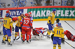 11.05.2012, Ericsson Globe, Stockholm, SWE, IIHF, Eishockey WM, Russland (RUS) vs Schweden (SWE), im Bild, stort bråk big fight Sverige Sweden 93 Johan Franzen Sverige Sweden 40 Henrik Zetterberg // during the IIHF Icehockey World Championship Game between Russia (RUS) and Sweden (SWE) at the Ericsson Globe, Stockholm, Sweden on 2012/05/11. EXPA Pictures © 2012, PhotoCredit: EXPA/ PicAgency Skycam/ Simone Syversson..***** ATTENTION - OUT OF SWE *****