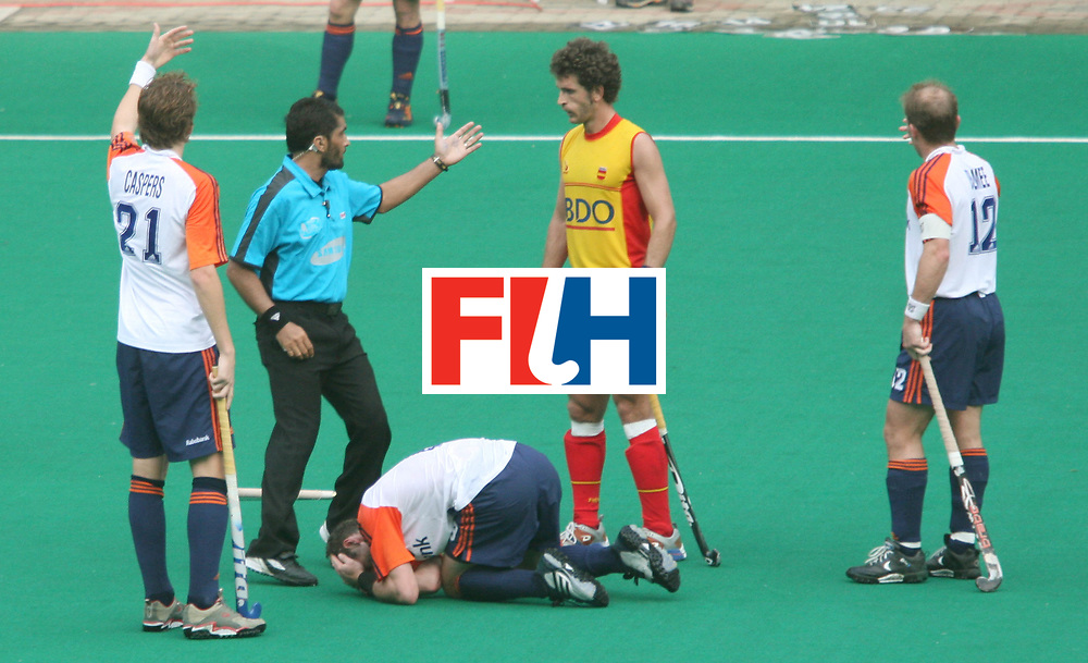Kuala Lumpur :  A Netherland player who got injured during their match against Spain in the Samsung Hockey Men Champions Trophy at the National Stadium, Bukit Jalil, Kuala Lumpur, Malaysia on 02 Dec 2007. <br /> Netherlands drew with Spain 3-3.<br /> Photo:GNN/Vino John