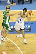 DESCRIZIONE : Alicante Spagna Spain Eurobasket Men 2007 Italia Slovenia Italy Slovenia <br /> GIOCATORE : Gianluca Basile<br /> SQUADRA : Nazionale Italia Uomini Italy <br /> EVENTO : Eurobasket Men 2007 Campionati Europei Uomini 2007 <br /> GARA : Italia Slovenia Italy Slovenia <br /> DATA : 03/09/2007 <br /> CATEGORIA : Passaggio<br /> SPORT : Pallacanestro <br /> AUTORE : Ciamillo&amp;Castoria/Fiba <br /> Galleria : Eurobasket Men 2007 <br /> Fotonotizia : Alicante Spagna Spain Eurobasket Men 2007 Italia Slovenia Italy Slovenia <br /> Predefinita :