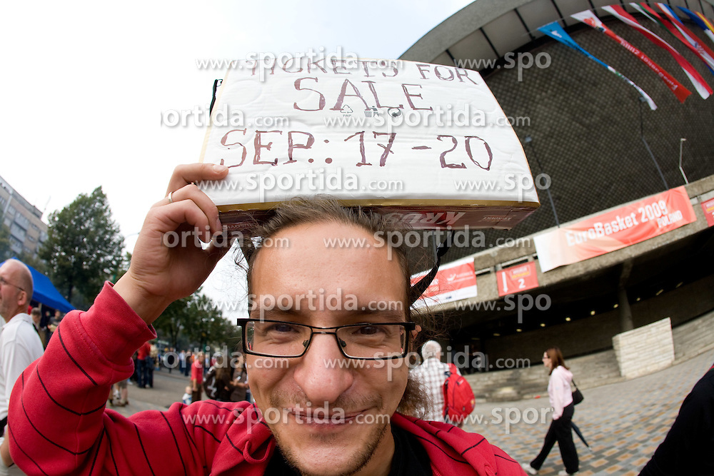 Fan selling tickets before the EuroBasket 2009 Quaterfinals match between Russia and Serbia, on September 17, 2009 in Arena Spodek, Katowice, Poland.  (Photo by Vid Ponikvar / Sportida)