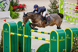 SCHNIEPER Barbara (SUI), Escoffier<br /> Genf - CHI Geneve Rolex Grand Slam 2019<br /> Prix des Communes Genevoises<br /> 2-Phasen-Springen<br /> International Jumping Competition 1m50<br /> Two Phases: A + A, Both Phases Against the Clock<br /> 13. Dezember 2019<br /> © www.sportfotos-lafrentz.de/Stefan Lafrentz