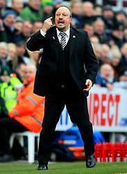 Newcastle United manager Rafa Benitez gestures - Mandatory by-line: Matt McNulty/JMP - 11/02/2018 - FOOTBALL - St James Park - Newcastle upon Tyne, England - Newcastle United v Manchester United - Premier League