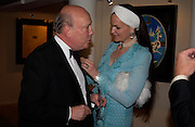 Julian Fellowes and  Lady Emma Kitchener-Fellowes . The Grosvenor House Art and Antiques Fair charity Gala evening in aid of the NSPCC. 16 June2005. ONE TIME USE ONLY - DO NOT ARCHIVE  © Copyright Photograph by Dafydd Jones 66 Stockwell Park Rd. London SW9 0DA Tel 020 7733 0108 www.dafjones.com